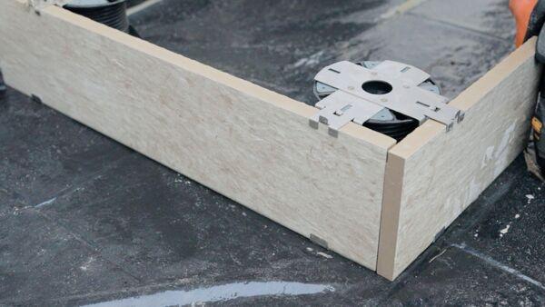 A10126 Pedestal Corner Base & Head Clip
