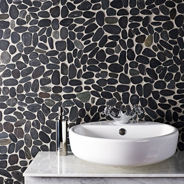 Riverstone Black Flat Cut Pebble Mosaic - Large CPT01