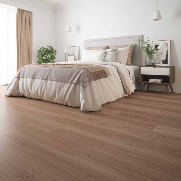 WR1004 - Antoinette Heritage Oak Mix Laminate Flooring